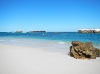 remote-beach_marietas2